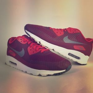 Nike air max sneakers size 11 burgundy & red